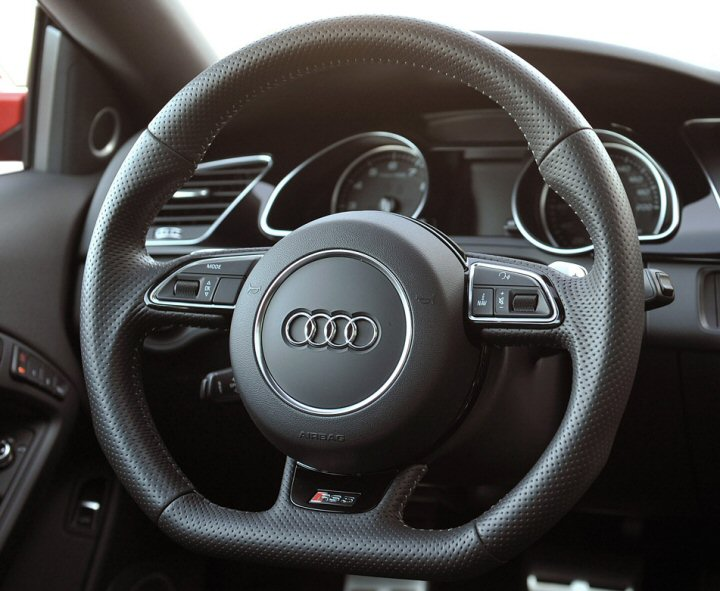Genuine Audi Flat Bottom 2012 Edition Multifunction